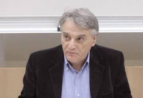 Πουλάκης: Φωνάζει από μακριά ο πανικός της κυβέρνησης