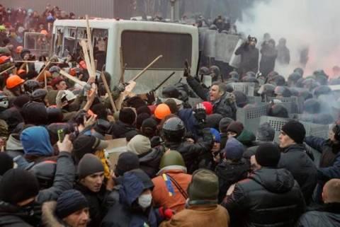 Ουκρανία: Επέμβαση του στρατού φοβάται η αντιπολίτευση