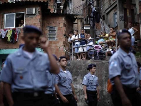 Βραζιλία: Έμποροι ναρκωτικών επιτέθηκαν σε αστυνομικούς