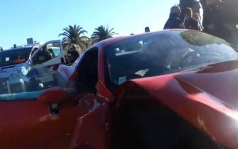 Βίντεο: Έδωσε την Ferrari σε φίλο του και την έκανε... «καλοκαιρινή»