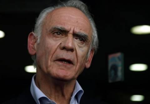 Δεν αποδέχεται κανέναν λογαριασμό στην Ελβετία ο Τσοχατζόπουλος