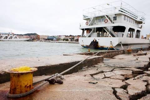 Κεφαλονιά: Φθάνουν το βράδυ 140 κλίνες για τους σεισμόπληκτους