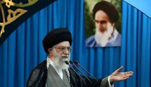 Ιράν: Αν οι ΗΠΑ μπορούσαν, θα ανέτρεπαν το καθεστώς της Τεχεράνης