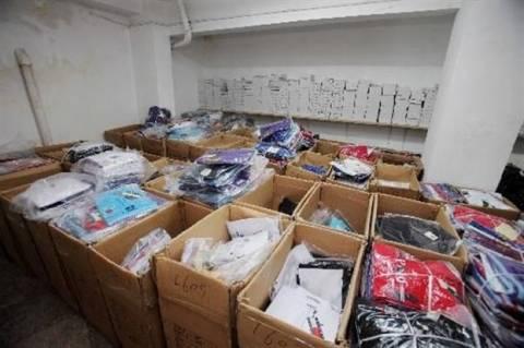 Χιλιάδες «μαϊμού» προϊόντα στο Μεταξουργείο