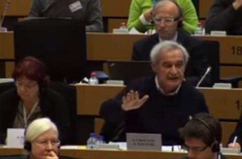 Ρεν σε Χουντή: Δεν πιέζουμε εμείς την κυβέρνηση να πουλήσει το νερό