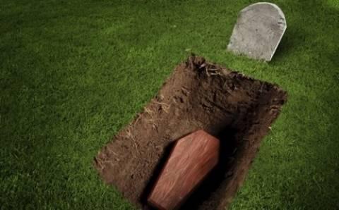 Τέσσερις τρομακτικές ιστορίες ανθρώπων που θάφτηκαν... ζωντανοί