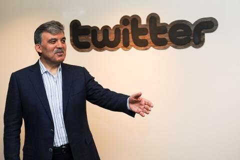 Ο Αμπντουλάχ Γκιουλ επικύρωσε τον νόμο για τον έλεγχο του Διαδικτύου