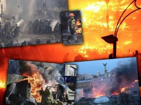 Σκηνικό εμφυλίου με 25 νεκρούς στην Ουκρανία