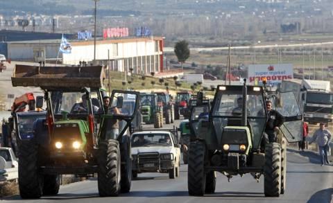 Συγκέντρωση διαμαρτυρίας στο ΥΜΑΘ πραγματοποιούν οι αγρότες