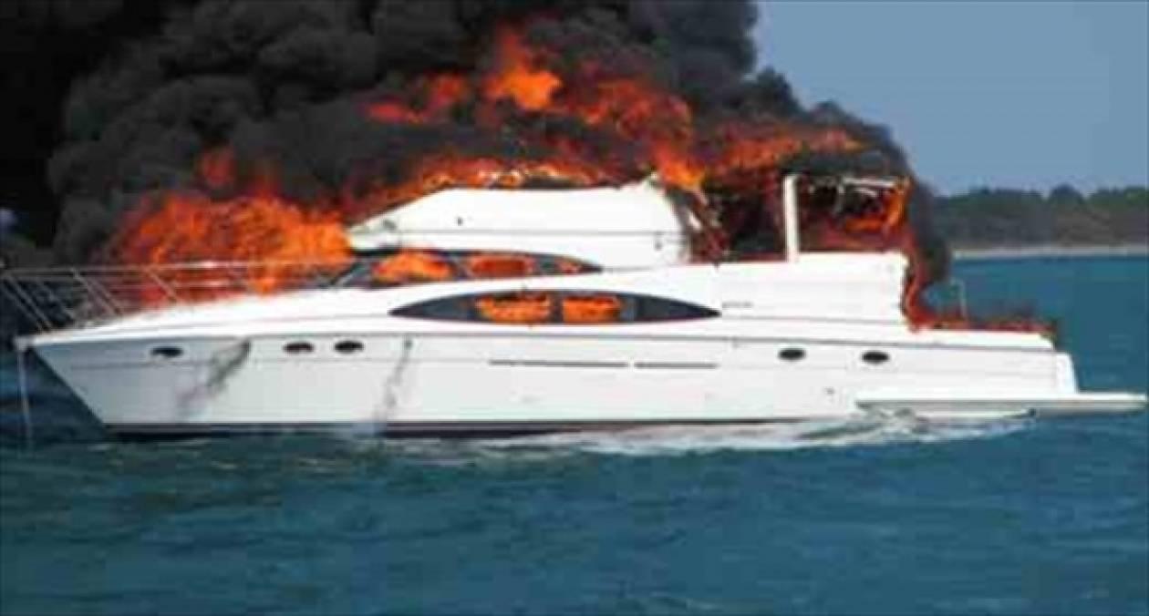Πυρκαγιά σε θαλαμηγό με πέντε επιβαίνοντες