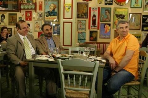 Ο «τηλεοπτικός» Σάκης Μπουλάς: Ο Παυλίτος, ο Σάββας και ο Μένιος (vid)