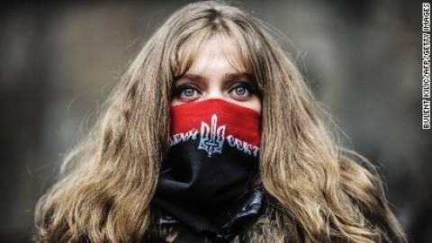 Ουκρανία: 2.000 διαδηλωτές καταγγέλλουν τους «φασίστες του Κιέβου»