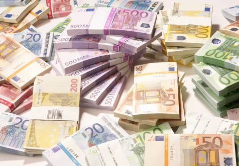 Περίπου 100 εκατ. ευρώ στα Δημόσια ταμεία από Off Shore και εμβάσματα