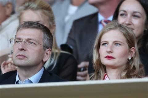 Το διαμάντι που έκλεψε η πρώην του Ριμπολόβλεφ ανήκει στις κόρες της!