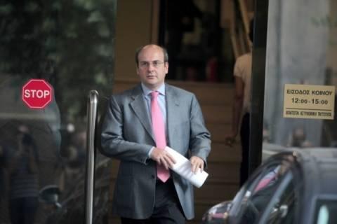 Ολοκληρώθηκε η συνάντηση Χατζηδάκη με Τρόικα-Επιμένουν οι δανειστές