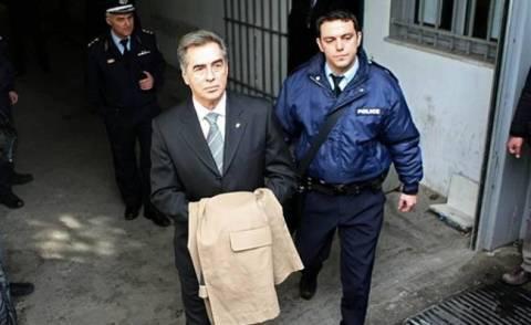 Δίκη Παπαγεωργόπουλου: Κατηγορούμενος επιχείρησε να αφαιρέσει έγγραφα