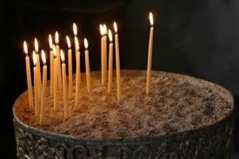 Το άναμα του κεριού στην Εκκλησία και η σημασία του