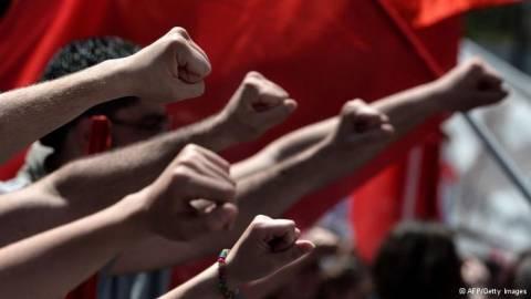 DW: Η Ελλάδα επιστρέφει στην ανάπτυξη