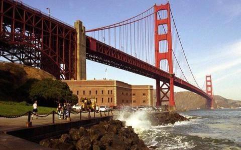 Ρεκόρ αυτοκτονιών στη γέφυρα του Σαν Φρανσίσκο