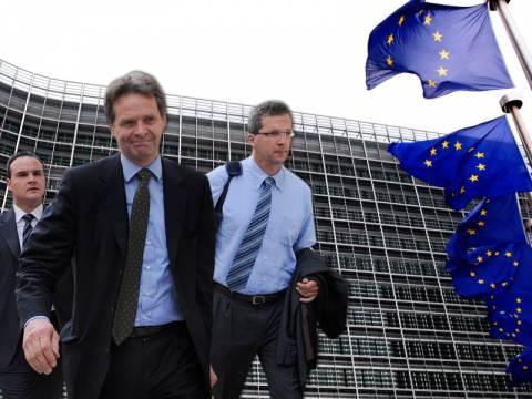 Νέα μέτρα 700 εκατ. ευρώ ζητά η τρόικα