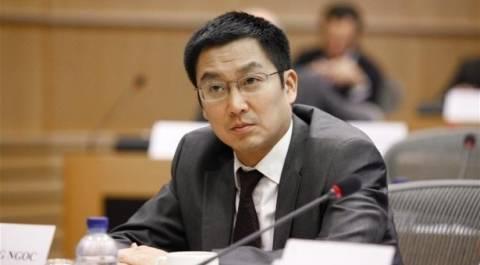Νγκοκ: Αναδιάρθρωση μέρους του χρέους για να χαλαρώσει η λιτότητα!