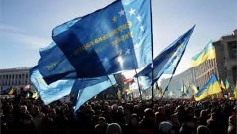 Ουκρανία: Στα πρόθυρα της χρεωκοπίας η χώρα