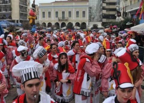 Περισσότεροι από 30.000 καρναβαλιστές στο Πατρινό καρναβάλι