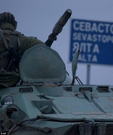 Ρωσικά ανθυποβρυχιακά πολεμικά πλοία εμφανίστηκαν στη Σεβαστούπολη!