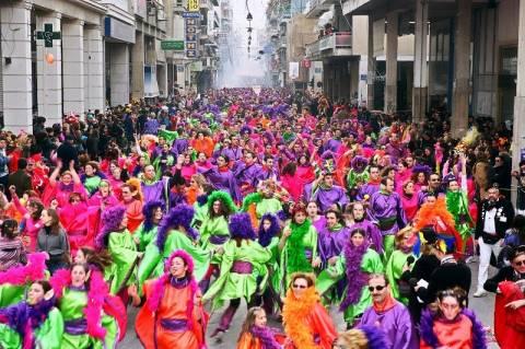 Το μεσημέρι η μεγάλη παρέλαση στο καρναβάλι της Πάτρας
