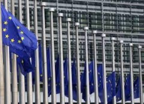 ΕΕ προς Πούτιν: Απέσυρε τα στρατεύματά ή τέλος η βίζα για τους Ρώσους