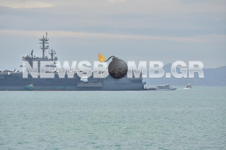 Εντυπωσιακές φωτό: Το Newsbomb.gr μια ανάσα από το αεροπλανοφόρο