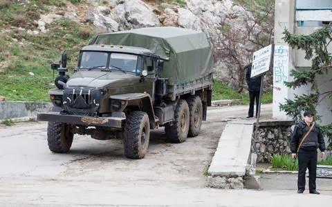 Παρατηρητές του ΟΑΣΕ στην Κριμαία