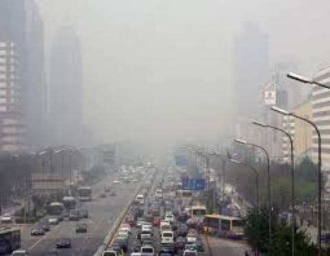 Κίνα: Τον «πόλεμο κατά της μόλυνσης του αέρα» κήρυξε ο πρωθυπουργός Λι