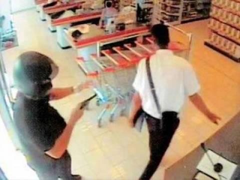 Αργυρούπολη: Ένοπλη ληστεία σε κατάστημα