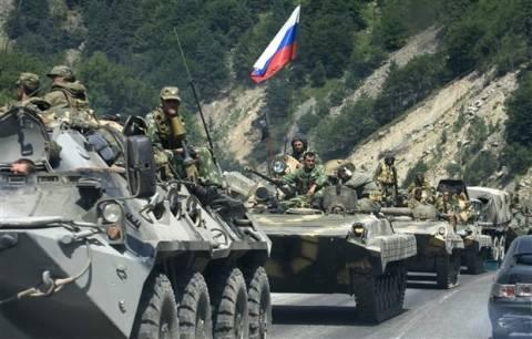 Ρωσικές δυνάμεις κατέλαβαν βάση της συνοριοφρουράς στην Κριμαία