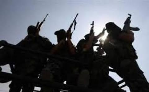 Προειδοποιήσεις για κήρυξη πολέμου προς την κυβέρνηση της Λιβυής