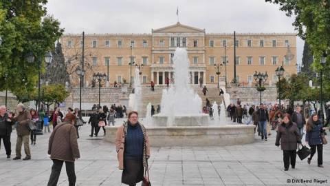 DW:  «Επαρκής πρόοδος» από την Ελλάδα