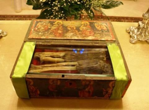 Το άφθαρτο χέρι  Αγίου από τον Πόντο στην Καστοριά