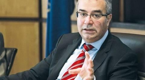 Παραιτήθηκε ο διοικητής της ΚΤ Κύπρου