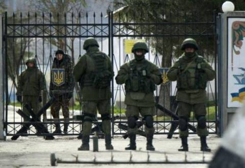 Crimea: Russian army opened fire against naval base