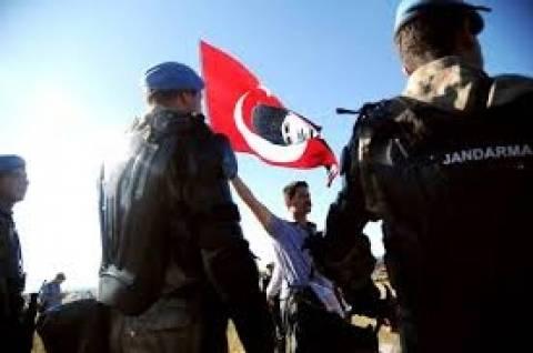 Τουρκία: Αποφυλακίστηκαν άλλοι 13 για την υπόθεση Εργκενεκόν