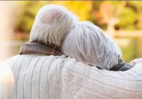 Ζούσε με το νεκρό άντρα της και δύο νεκρά σκυλιά για ένα μήνα