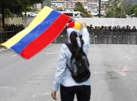 Μεγαλώνει η λίστα των θυμάτων από τις διαδηλώσεις στη Βενεζουέλα