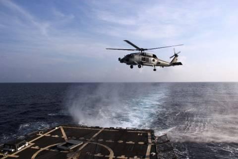 Βιετνάμ: Αναστέλλει την επιχείρηση εντοπισμού του αεροπλάνου με πλοία