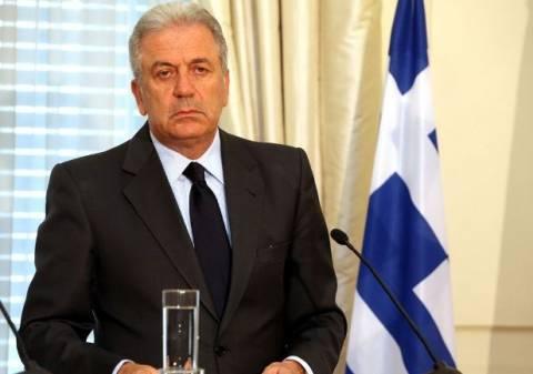 Aβραμόπουλος: Αρκετά με τις διχοτομήσεις της Ευρώπης