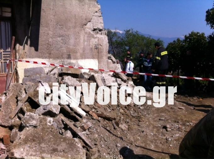 Τραγωδία στο Αγρίνιο: Δύο νεκροί από πτώση τοίχου (photos)
