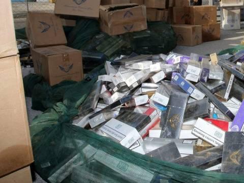 Έφερναν από την Μαλαισία λαθραία τσιγάρα αξίας 3,5 εκατ. ευρώ