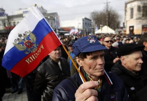 Κριμαία: Πανηγυρισμοί στη Συμφερόπολη