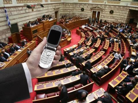 285 εκατομμύρια ευρώ το χρόνο για τηλέφωνα στο Δημόσιο!