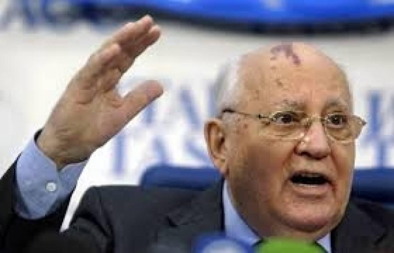 Ο Γκορμπατσόφ χαιρετίζει το δημοψήφισμα στην Κριμαία